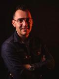 Een foto van de lookalike van Jan Smit