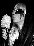 Een foto van de lookalike van Lady Gaga