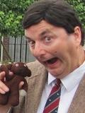 Een foto van de lookalike van Mr Bean