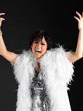 Een foto de lookalike van Shirley Bassey